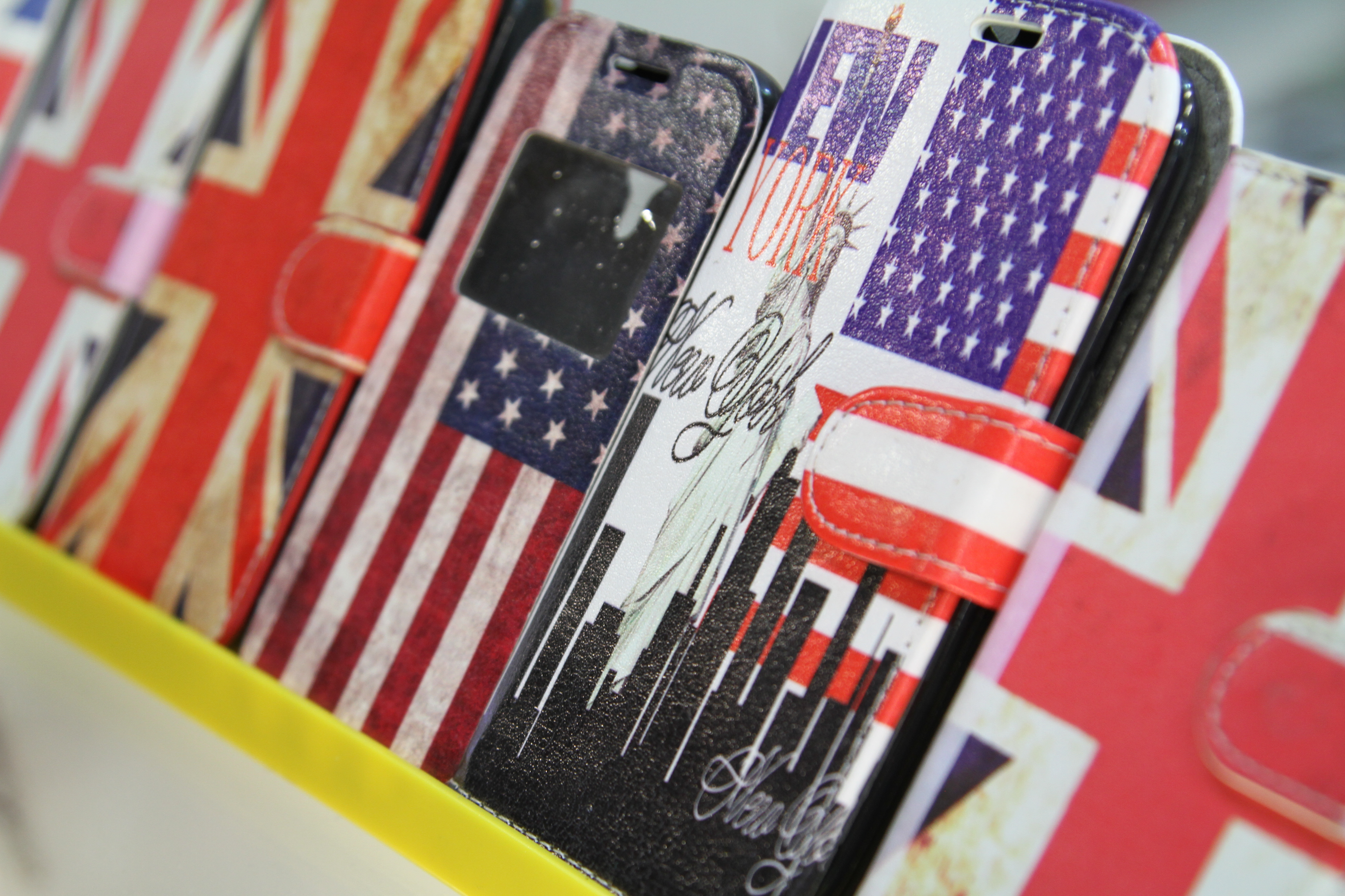 Montana Family Market_Ali Cell Phone_interenational flags phone cases