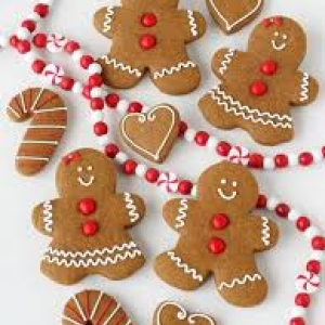 Montana Family Market_Gingerbread men decorating