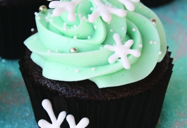 Montana Family Market_art programme_winter theme cupcake