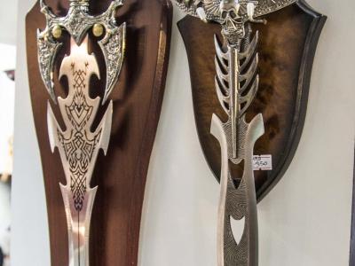 Montana Family Market_Vape Jam & Gift_novelty ornamental swords