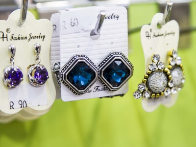 Montana Family Market_Fashion Jewelery_blue and silver earrings