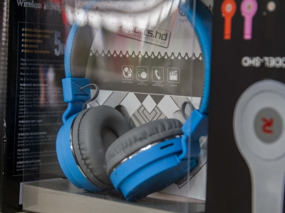 Montana Family Market_RS Traders_Sports.hd full headphones